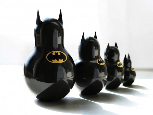 Image 1 : Batman the Dark Knight et ses gadgets indispensables