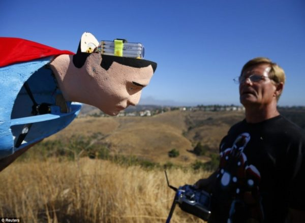 Image 4 : Quand Superman et Iron Man survolent le ciel californien