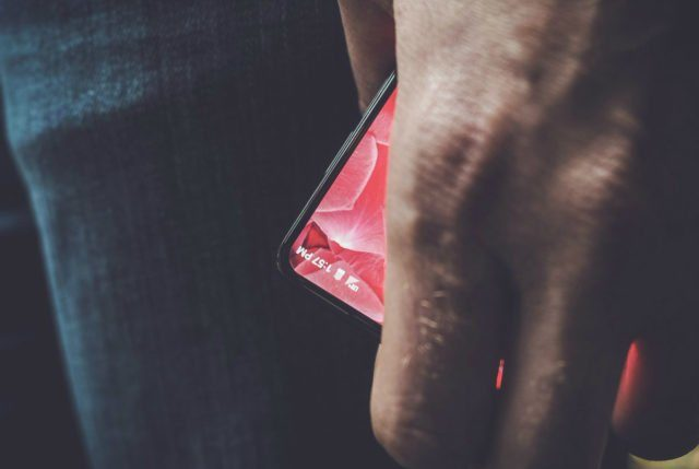 Image 1 : Essential : le smartphone d'Andy Rubin embarquera bien Android