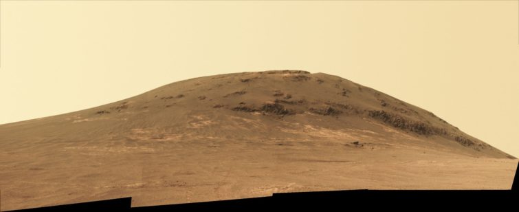 Image 2 : Mars : le rover Opportunity continue sa mission depuis 13 ans
