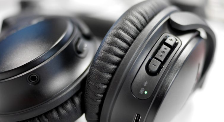 Image 4 : [Test] QuietComfort 35 II : que vaut le casque antibruit et intelligent de Bose ?