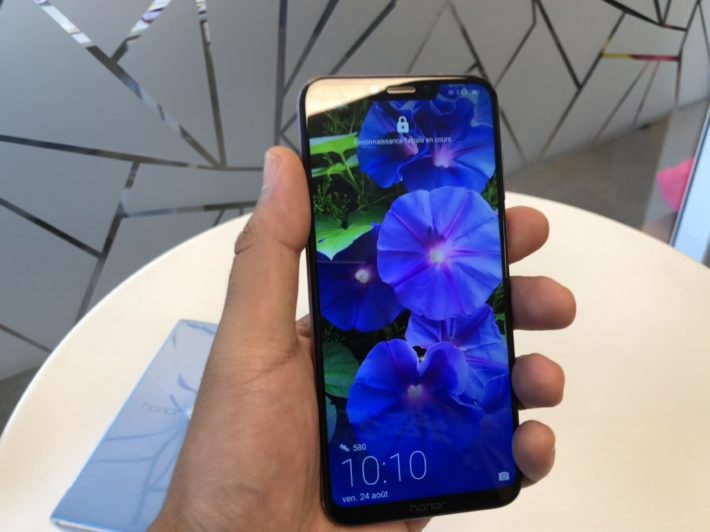 Image 1 : Honor lance le Honor Play, son smartphone gaming