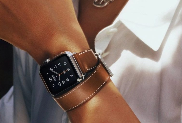 "Image 1 : Apple travaillerait sur un mode ""always on"" pour sa Watch"