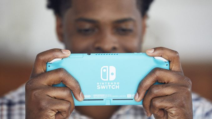 Image 2 : Nintendo Switch Lite vs. Switch : quelle console choisir ?