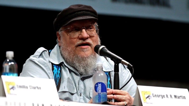 Confiné, George R.R. Martin écrit la suite de Game Of Thrones
