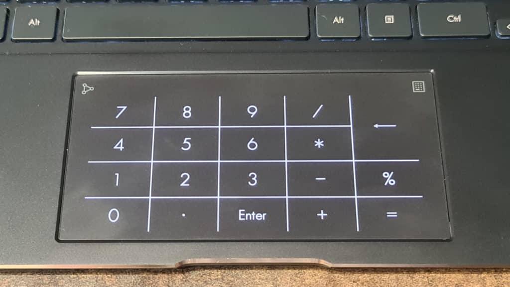 Image 10 : Test Asus Zenbook Flip S UX371 : l'ultrabook de luxe dopé à l'OLED et au Core i7 Tiger Lake