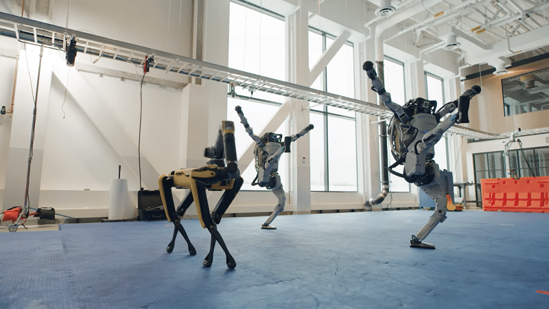 Boston Dynamics robots danse - Boston Dynamics / YouTube