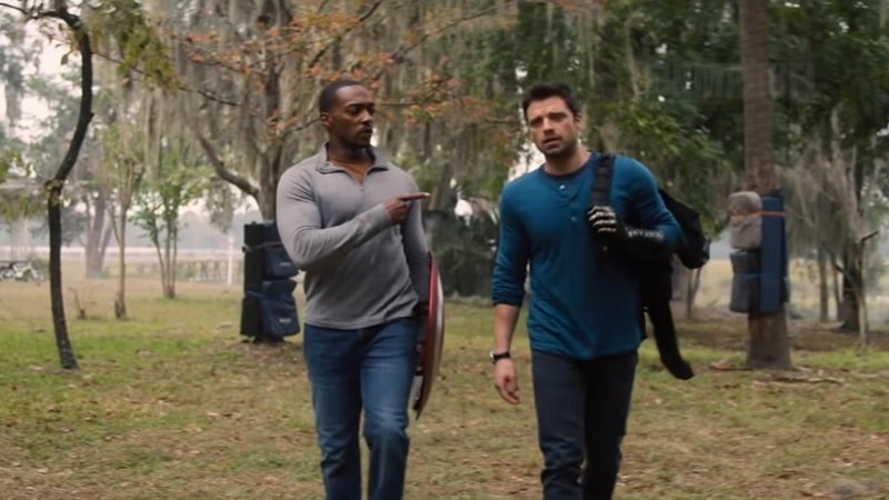 Anthony Mackie (Falcon) et James Barnes (Bucky)
