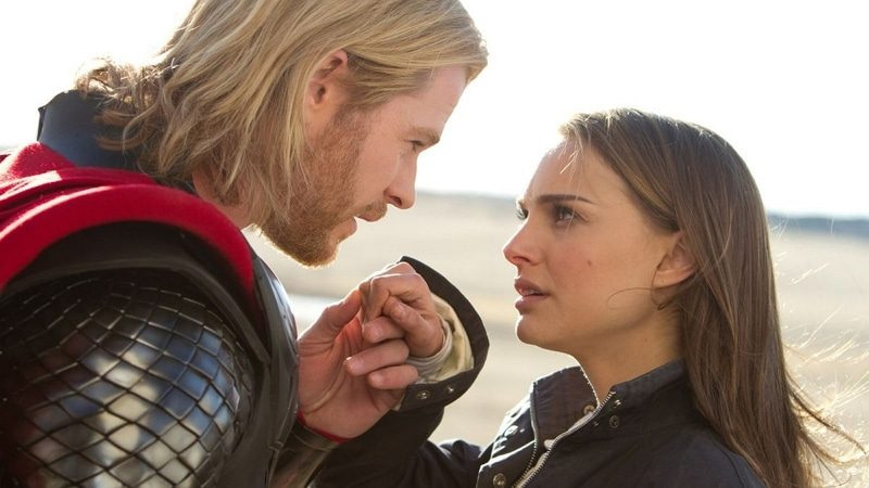 Thor (Chris Hemsworth) et Jane Foster (Natalie Portman)