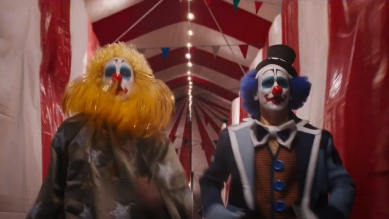 Les agents du SWORD transformés en clowns